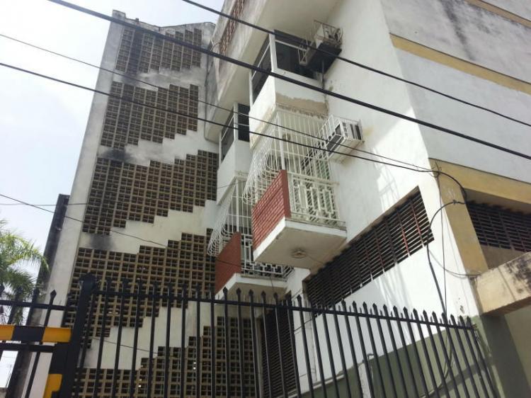 Foto Apartamento en Venta en Maracay, Aragua - BsF 6.500.000 - APV62292 - BienesOnLine