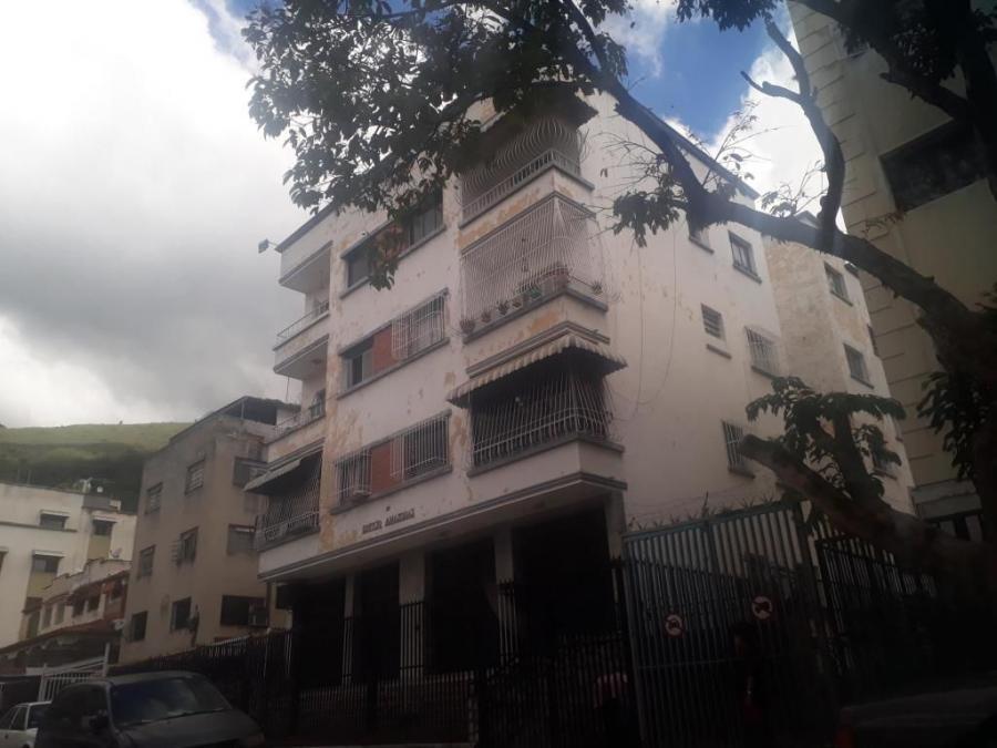 Foto Apartamento en Venta en Municipio Libertador Caracas, San Bernardino, Distrito Federal - U$D 35.000 - APV121797 - BienesOnLine