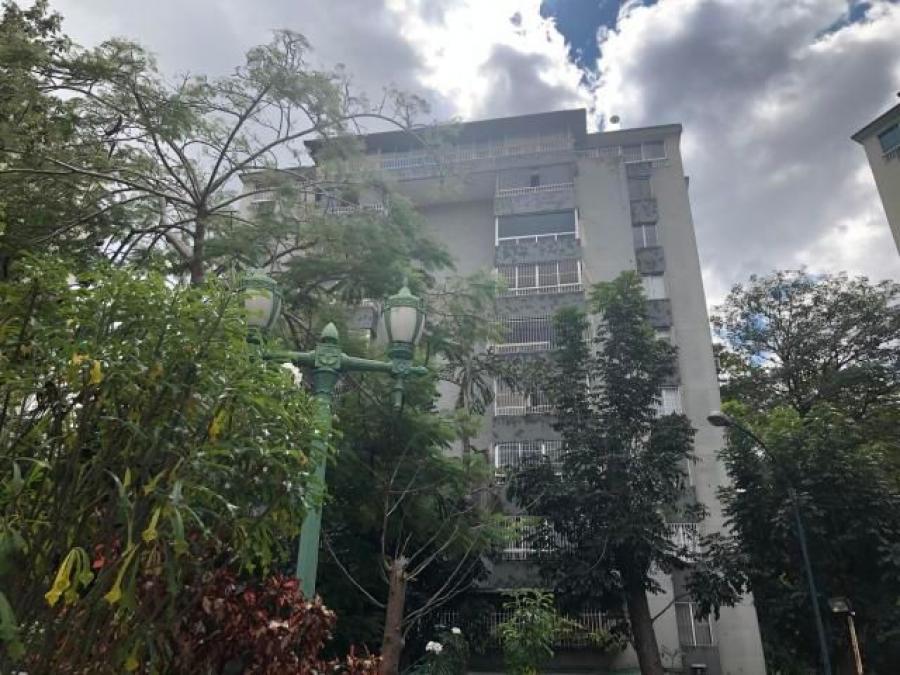 Foto Apartamento en Venta en Municipio Baruta, Caracas, Santa Fe Sur, Distrito Federal - U$D 65.000 - APV126594 - BienesOnLine