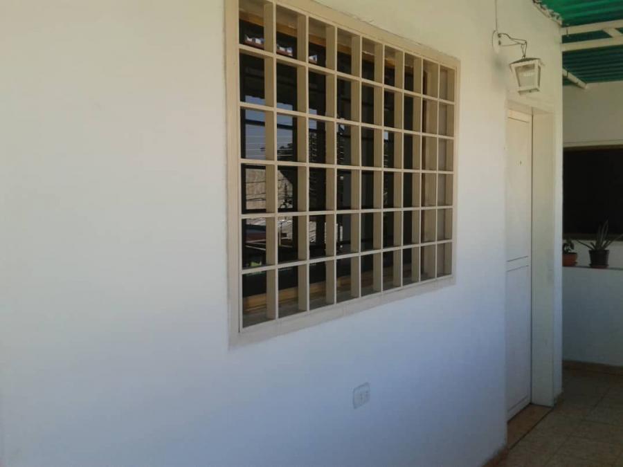 Foto Apartamento en Alquiler en Maracay, Aragua - BsF 50 - APA113260 - BienesOnLine
