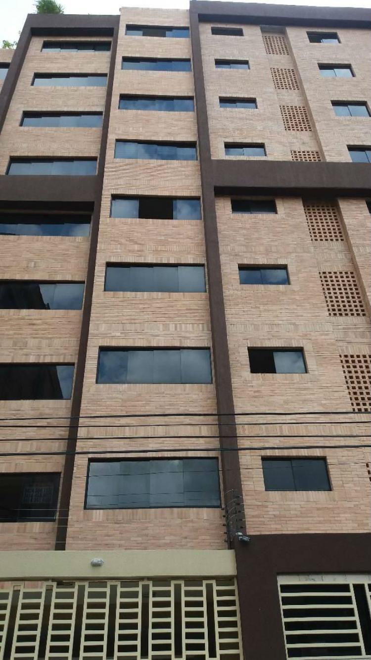 Foto Apartamento en Venta en Las Delicias, Maracay, Aragua - BsF 600.000.000 - APV87015 - BienesOnLine