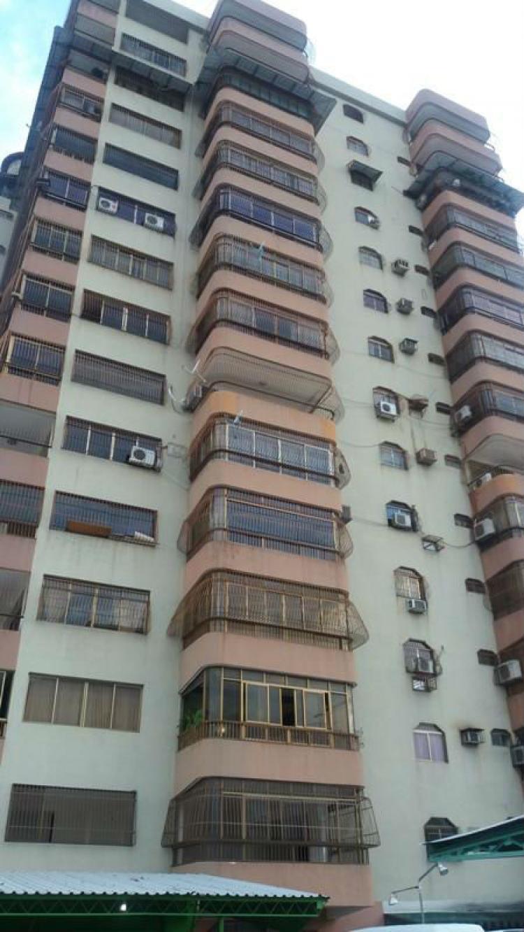 Foto Apartamento en Venta en Girardot, Maracay, Aragua - BsF 170.000.000 - APV86733 - BienesOnLine