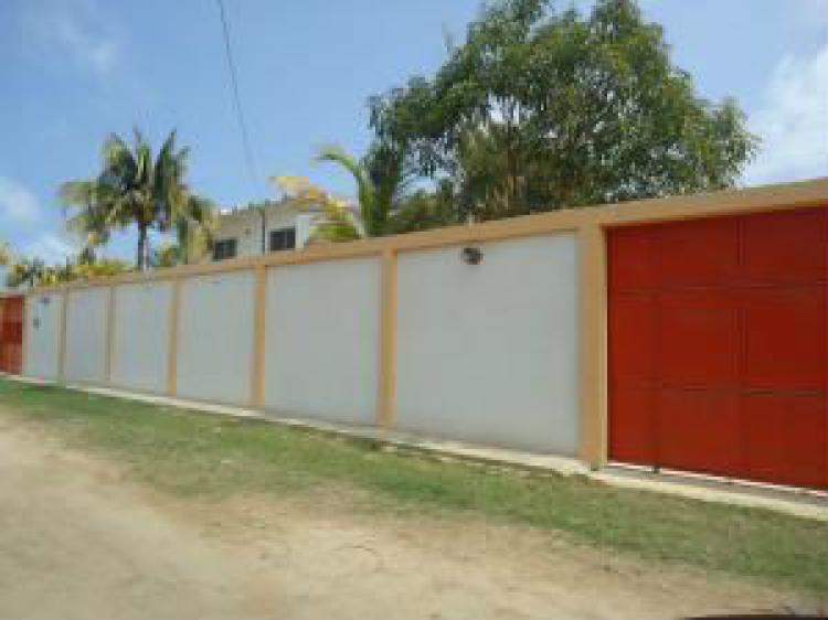 Foto Casa en Venta en Chichiriviche, Falc�n - BsF 135.000.000 - CAV83135 - BienesOnLine