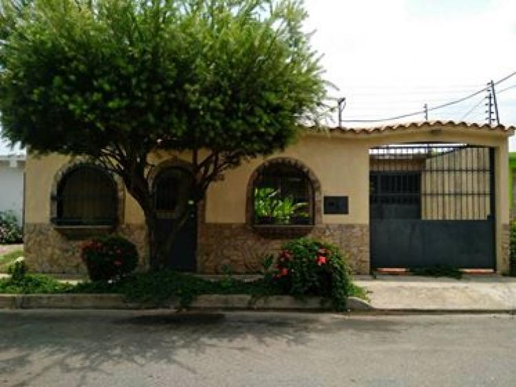 Foto Casa en Venta en Maracay, Aragua - BsF 157.000.000 - CAV88821 - BienesOnLine
