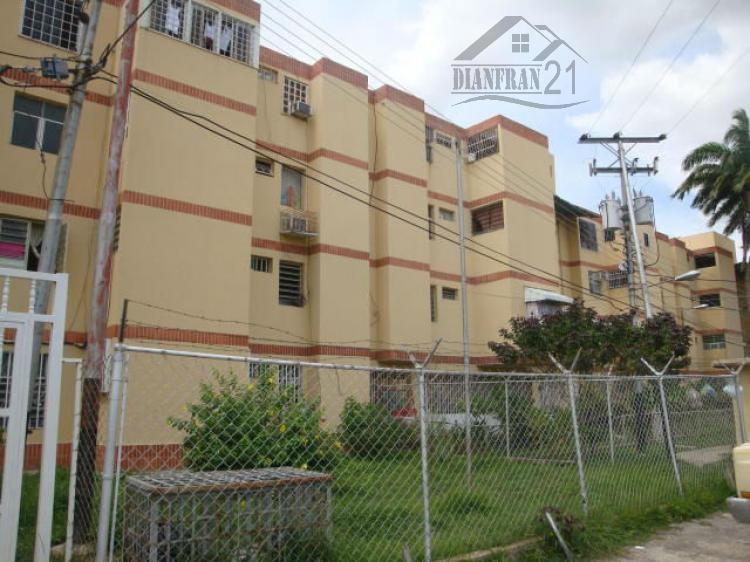 Foto Apartamento en Venta en Maracay, Aragua - BsF 3.200.000.000 - APV104683 - BienesOnLine