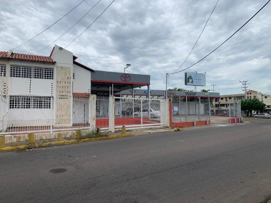 Foto Local en Alquiler en NORTE, Maracaibo, Zulia - U$D 1.800 - LOA129959 - BienesOnLine