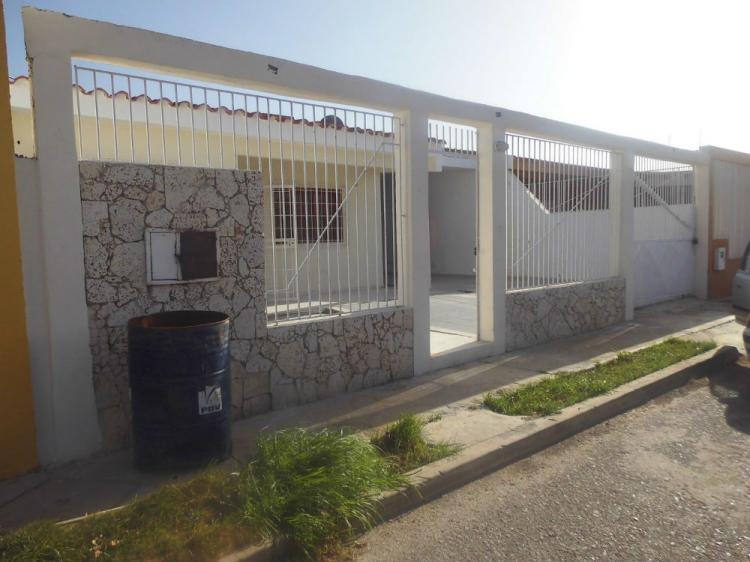 Foto Casa en Alquiler en Punto Fijo, Falc�n - CAA87634 - BienesOnLine
