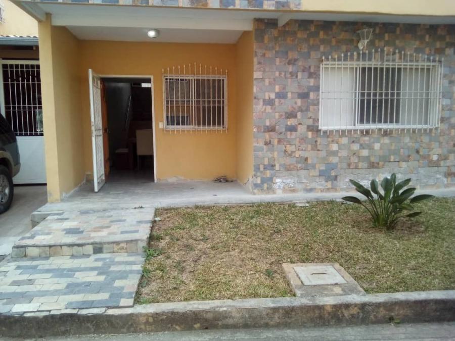 Foto Casa en Venta en LOS TEQUES, Los Teques, Miranda - U$D 49.000 - CAV147377 - BienesOnLine