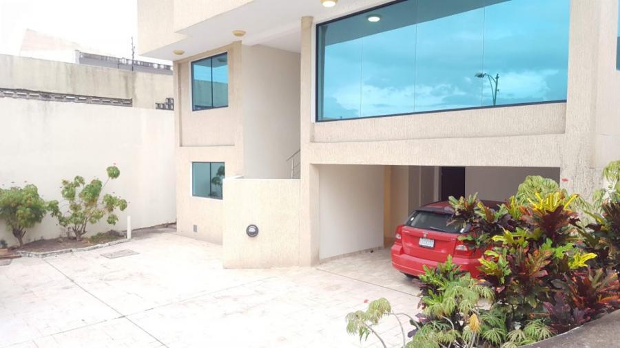 Foto Casa en Venta en cachamay, Ciudad Guayana, Bol�var - U$D 400.000 - CAV124040 - BienesOnLine