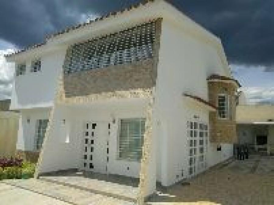 Foto Casa en Venta en Santa Rosa de Lima, Charallave, Miranda - U$D 100.000 - CAV130433 - BienesOnLine