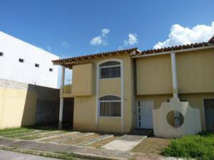 Foto Casa en Venta en Maracay, Aragua - BsF 135.000.000 - CAV94731 - BienesOnLine