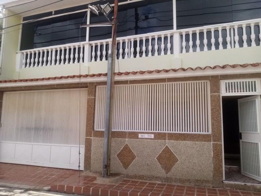 Foto Casa en Venta en CASTILLEJO, Guatire, Miranda - U$D 70.000 - CAV156658 - BienesOnLine
