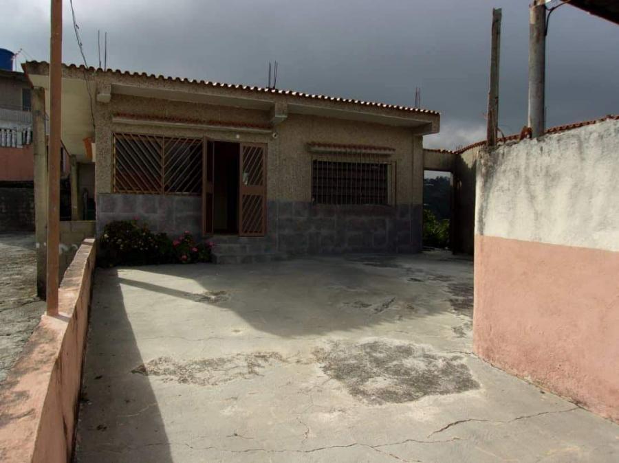 Foto Casa en Venta en Los Teques, Miranda - BsF 25.000 - CAV113211 - BienesOnLine