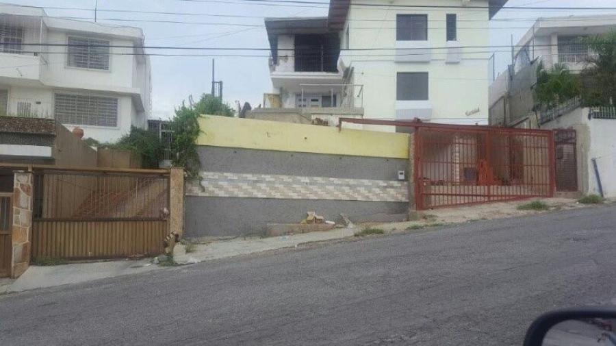 Foto Casa en Venta en Raul Leoni, Catia La Mar, Vargas - U$D 150.000 - CAV128116 - BienesOnLine