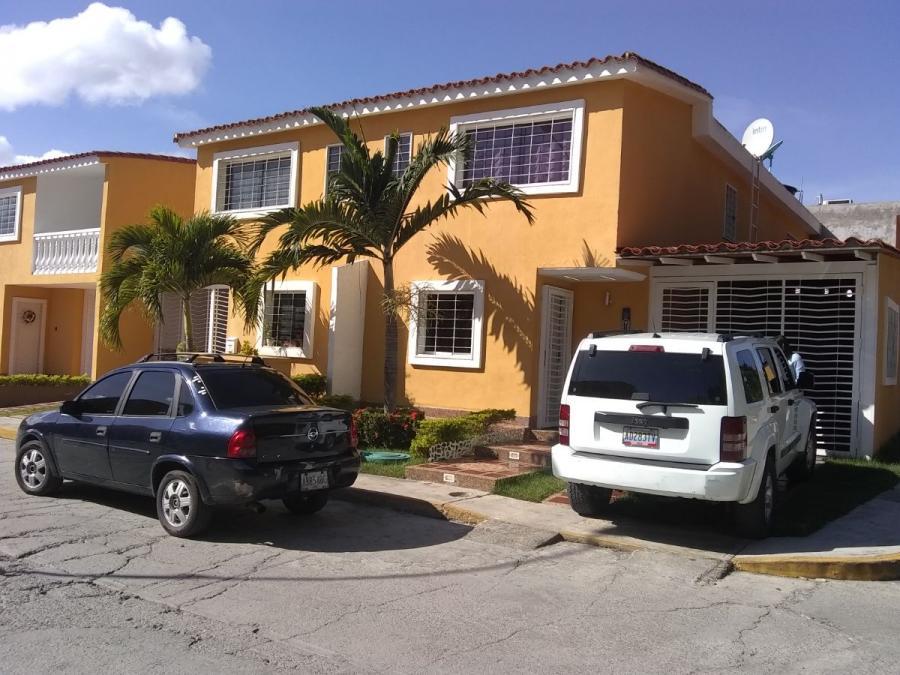 Foto Casa en Venta en Buenaventura, Guatire, Miranda - U$D 60.000 - CAV153244 - BienesOnLine
