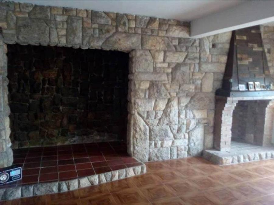 Foto Casa en Venta en Los Alpes, Los Teques, Miranda - U$D 20.000 - CAV118940 - BienesOnLine