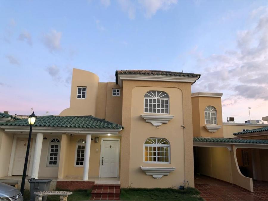 Foto Casa en Venta en Zona Norte, Maracaibo, Zulia - U$D 87.000 - CAV122424 - BienesOnLine