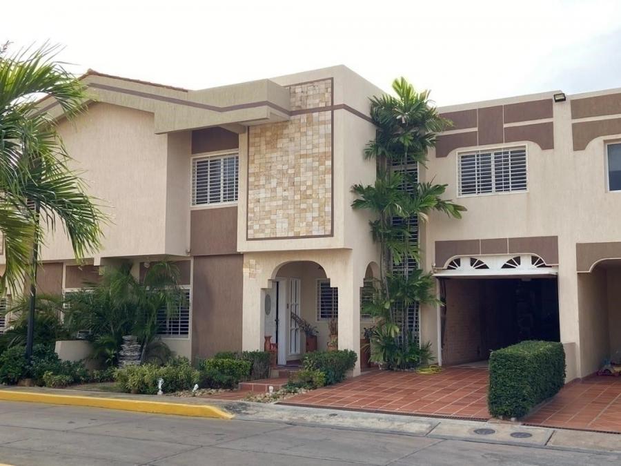 Foto Casa en Venta en Zona Norte, Maracaibo, Zulia - U$D 140.000 - CAV122426 - BienesOnLine