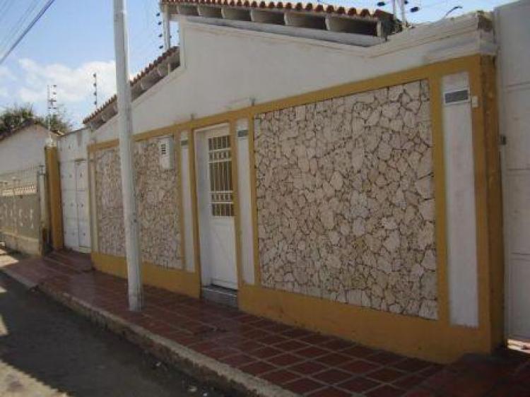 Foto Casa en Venta en centro, Coro, Falc�n - BsF 700.000 - CAV40622 - BienesOnLine