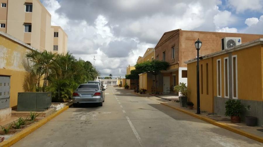 Foto Casa en Venta en Oeste, Maracaibo, Zulia - U$D 17.000 - CAV137657 - BienesOnLine