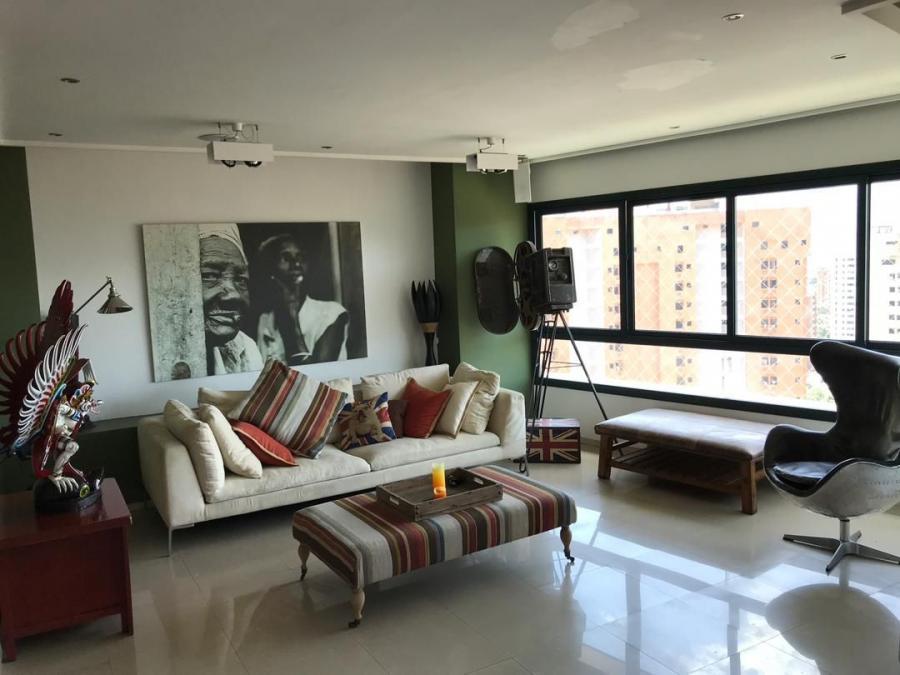 Foto Apartamento en Venta en Valencia, Valencia, Carabobo - 290 m2 - BsF 10.000.000 - APV116915 - BienesOnLine
