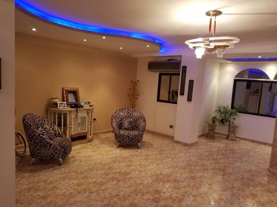 Foto Apartamento en Venta en LA SOLEDAD, Maracay, Aragua - U$D 320.000 - APV140935 - BienesOnLine