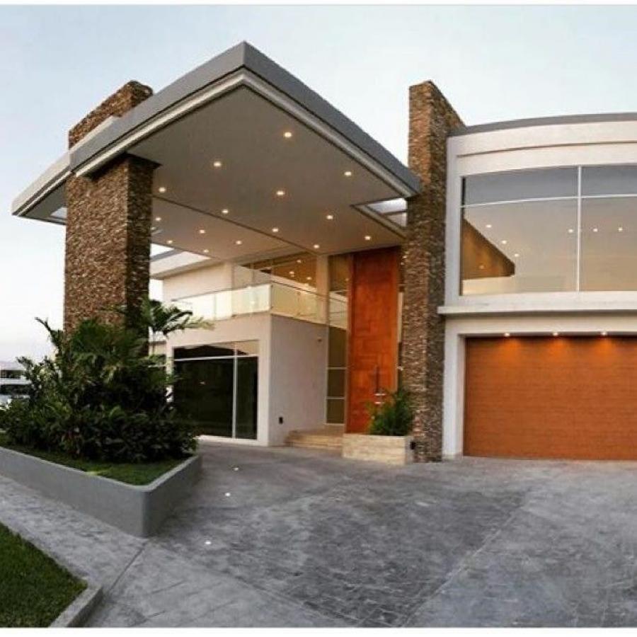 Foto Casa en Venta en Municipio Diego Bautista Urbaneja, El Morro, Anzo�tegui - U$D 2.200.000 - CAV128229 - BienesOnLine