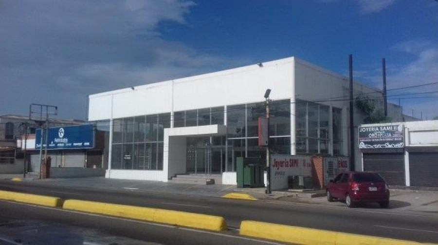 Foto Local en Alquiler en Chiquinquira, Maracaibo, Zulia - U$D 4.000 - LOA143507 - BienesOnLine