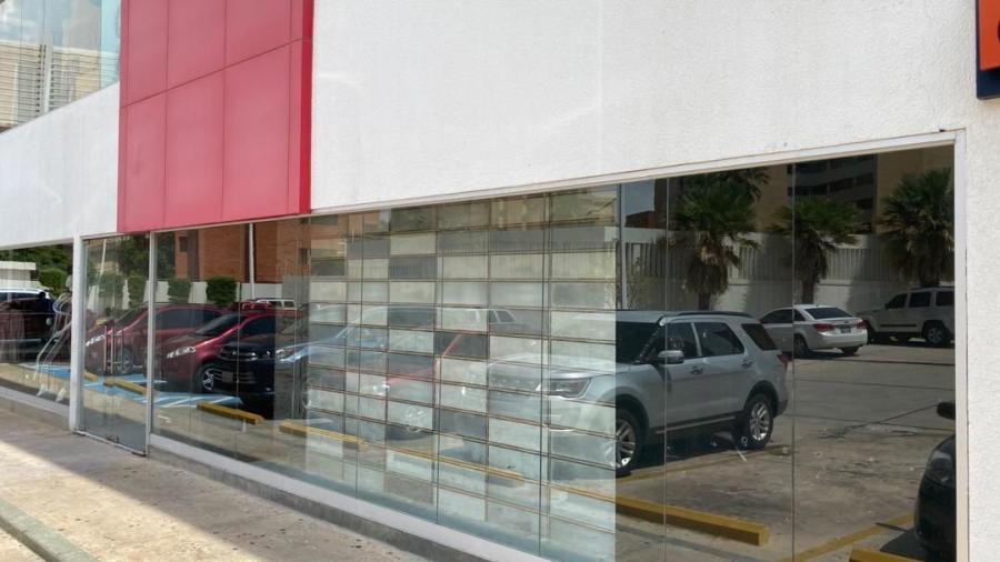 Foto Local en Venta en C.C CAMORUCO, Maracaibo, Zulia - U$D 206.000 - LOV134792 - BienesOnLine