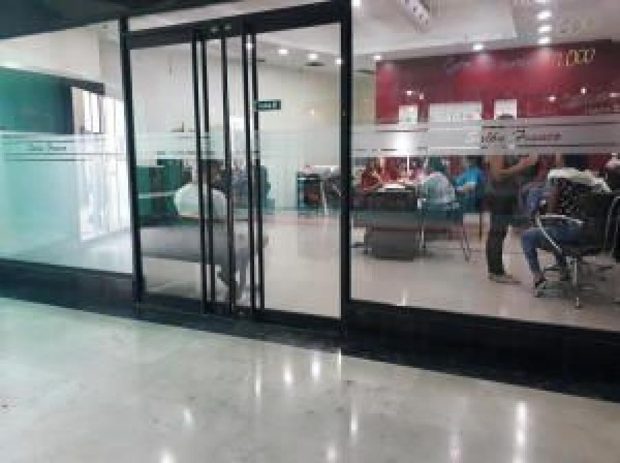 Foto Local en Alquiler en Maracaibo, Zulia - BsF 200 - LOA121055 - BienesOnLine