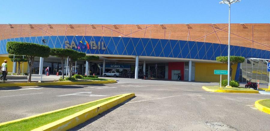 Foto Local en Alquiler en Maracaibo, Zulia - U$D 2.500 - LOA123984 - BienesOnLine