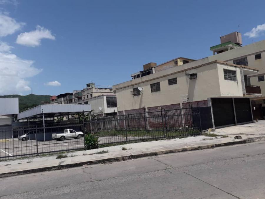 Foto Local en Venta en AV BOLIVAR, Valencia, Carabobo - U$D 161.000 - LOV144314 - BienesOnLine