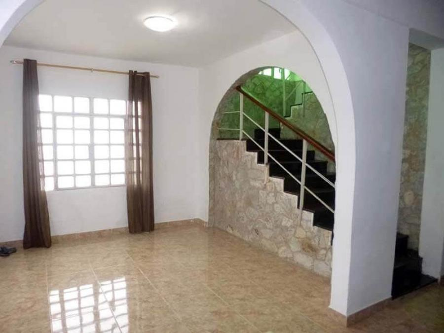 Foto Casa en Venta en La Hondonada, Los Teques, Miranda - BsF 49.900 - CAV118942 - BienesOnLine