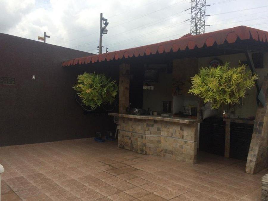 Foto Casa en Venta en La Morita 1, Maracay, Aragua - U$D 65.000 - CAV153637 - BienesOnLine