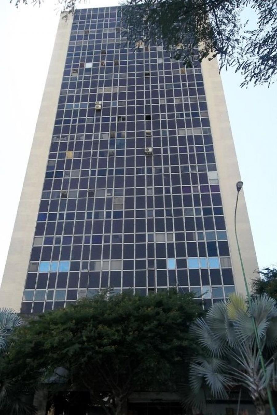 Foto Oficina en Venta en Valencia, Carabobo - 89 m2 - BsF 35.000 - OFV114892 - BienesOnLine