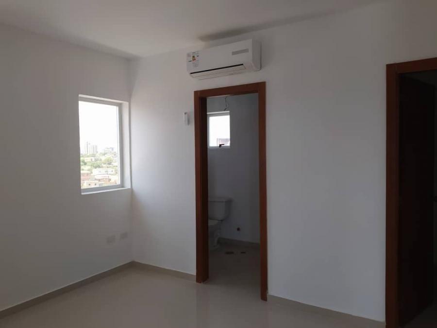 Foto Oficina en Alquiler en OCEANIA HOTEL BOUTIQUE, AV EL MILAGRO, Zulia - U$D 500 - OFA134187 - BienesOnLine