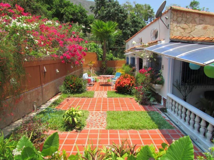 Foto Casa en Venta en CHORONI, ANASTASIO GIRARDOT, Maracay, Aragua - U$D 240.000 - CAV153642 - BienesOnLine