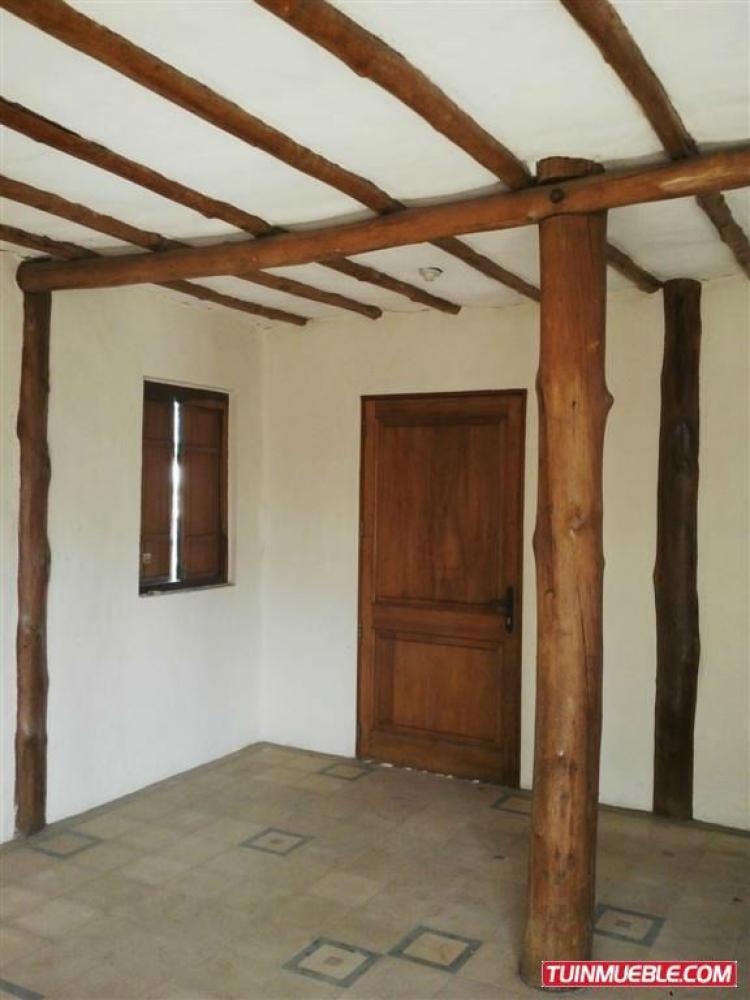 Foto Casa en Venta en ENTRE CALLE POTENTINI, Puerto P�ritu, Anzo�tegui - BsF 30.000.000 - CAV70667 - BienesOnLine