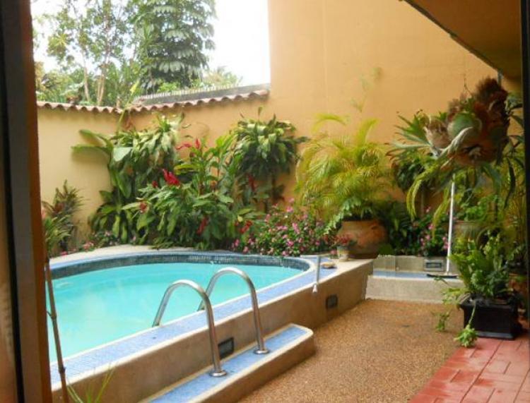 Foto Quinta en Venta en Caracas, Distrito Federal - BsF 11.400.000 - QUV47725 - BienesOnLine