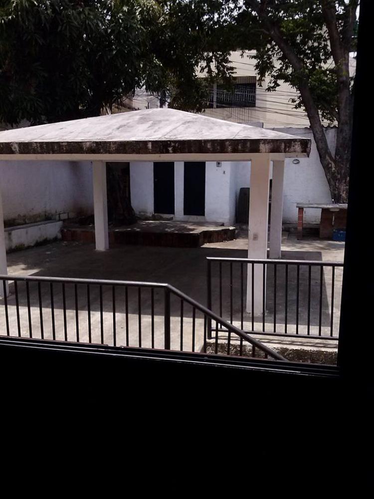 Foto Apartamento en Venta en CARABALLEDA, Caraballeda, Vargas - BsF 60.000 - APV100408 - BienesOnLine