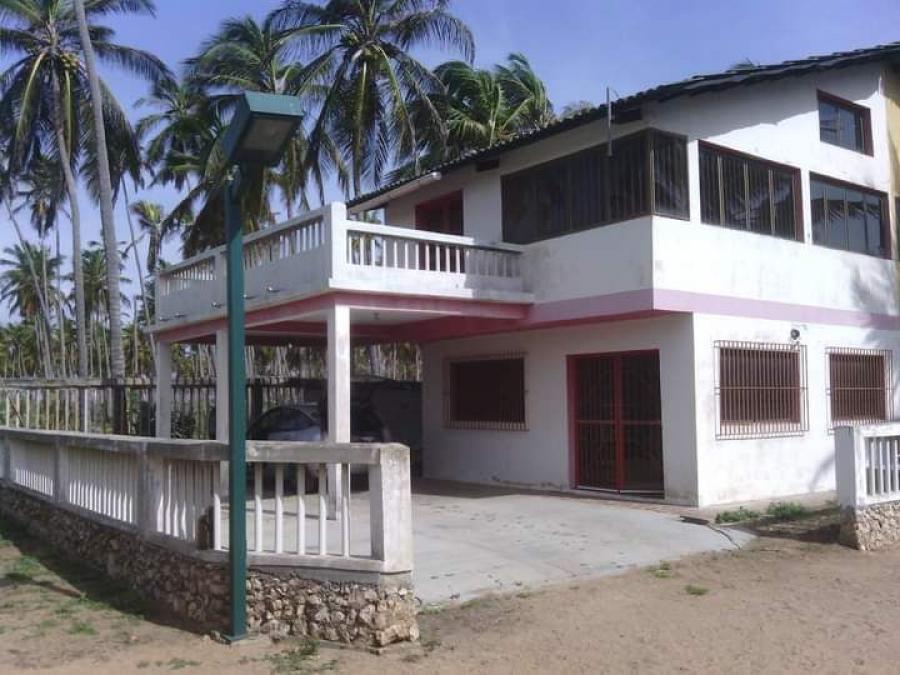 Foto Casa en Venta en Chichiriviche, Falc�n - U$D 14.000 - CAV155032 - BienesOnLine