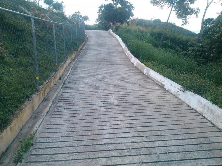 Foto Terreno en Venta en Lagunetica, Los Teques, Miranda - BsF 12.000.000 - TEV97143 - BienesOnLine
