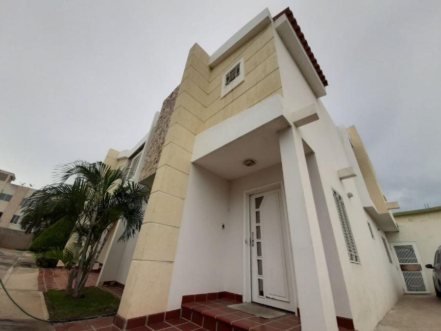 Foto Casa en Alquiler en Fuerzas armadas, Maracaibo, Zulia - U$D 350 - CAA134785 - BienesOnLine