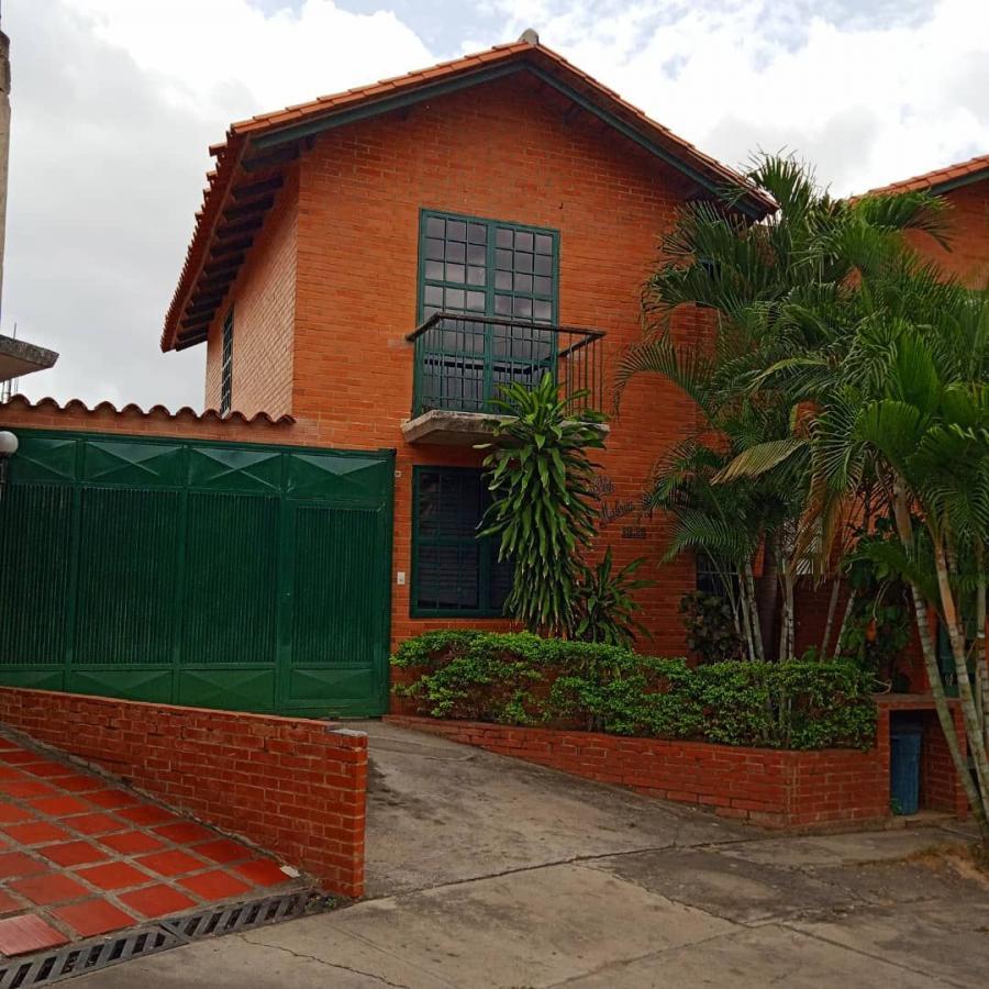 Foto Casa en Venta en Castillejo, Guatire, Miranda - U$D 60.000 - CAV154922 - BienesOnLine