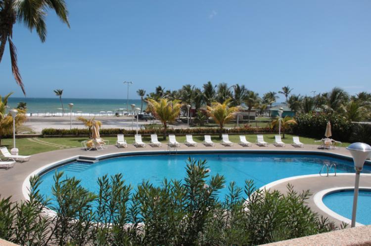 Foto Apartamento en Venta en Tanaguarenas, Caraballeda, Vargas - BsF 220.000.000 - DEV99767 - BienesOnLine