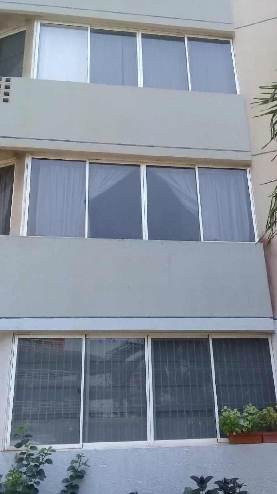 Foto Apartamento en Venta en Diego Bautista Urbaneja, Anzo�tegui - 85 m2 - BsF 45.000 - APV114238 - BienesOnLine