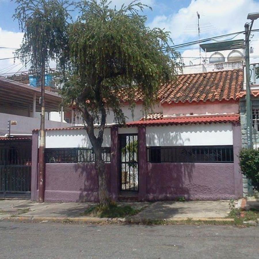 Foto Quinta en Venta en El Paraiso, Vista Alegre, Distrito Federal - U$D 120.000 - QUV134924 - BienesOnLine