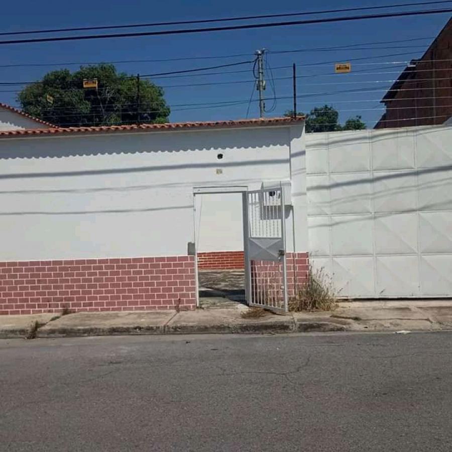 Foto Casa en Venta en Los tacarigua, Maracay, Aragua - U$D 21.000 - CAV137476 - BienesOnLine