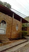 Casa en Venta en El Castaño Maracay