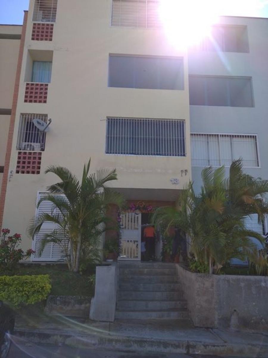 Foto Apartamento en Venta en Jose Felix Rivas, La Victoria, Aragua - U$D 16.000 - APV152705 - BienesOnLine